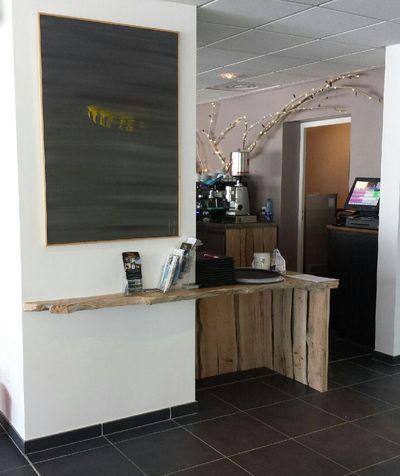 décoration en bois flotté pour un restaurant