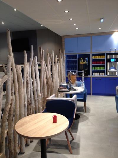 chevets en bois flotté et table basse