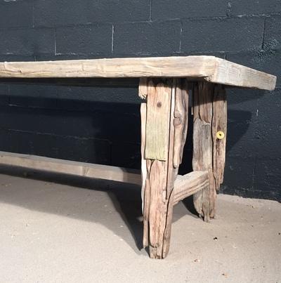 Table en planche de bois flotté