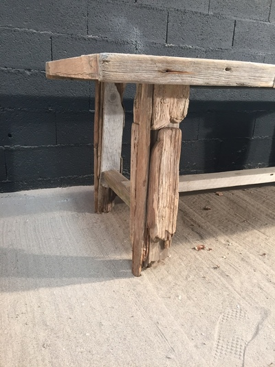 Table en planche de bois flott for Table en bois flotte