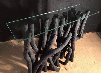 console en lianes noires