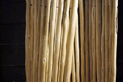 Branches écorcées en rouleaux en 180cm de longueur
