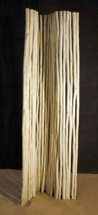 Barked branches in roll (180cm high)