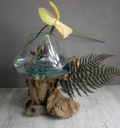 Vase verre soufflé et bois flotté ref 5