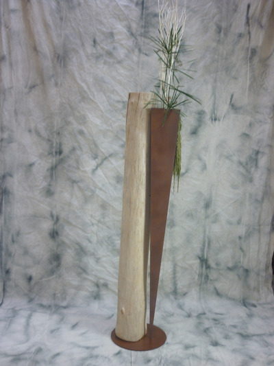 Vase en acier et bois flott for Vase avec bois flotte