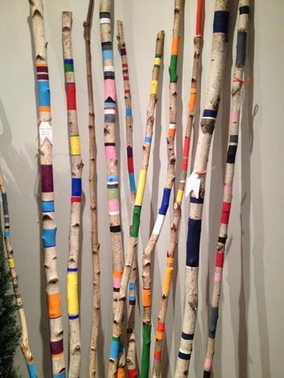 Réalisation de 500 branches de bouleaux peintes à la main pour les vitrines de Billabong