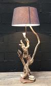 Lampe en bois flotté ref 151201