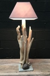 Lampe en bois flotté ref 160502