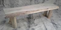 banc en planche de bois flotté